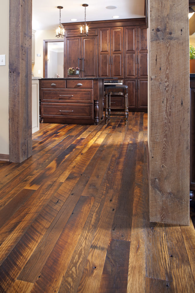 Reclaimed wood manomin antique oak flooring mr timbers for Recycled wood floor