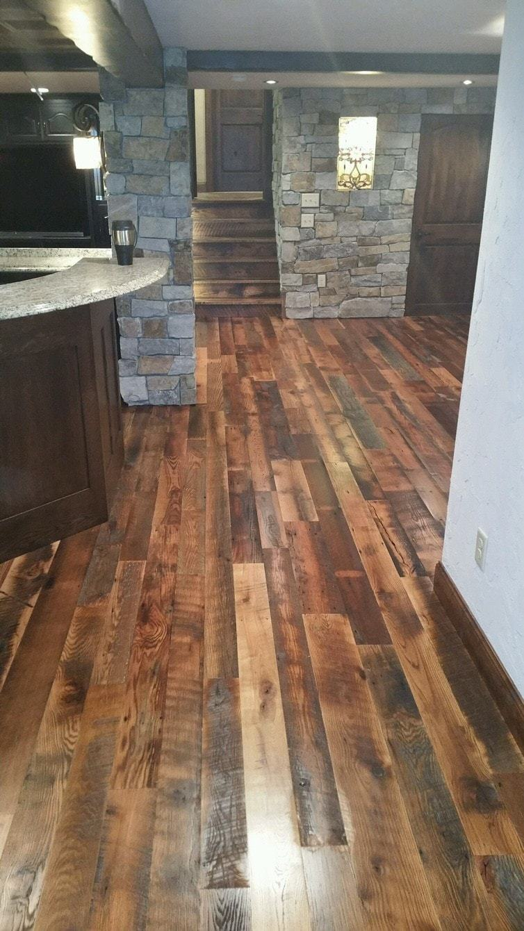 Reclaimed wood manomin antique oak flooring mr timbers for Recycled hardwood floors