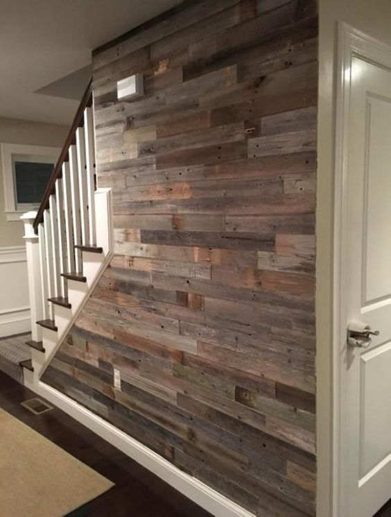 Staircase_barn_wood_walls