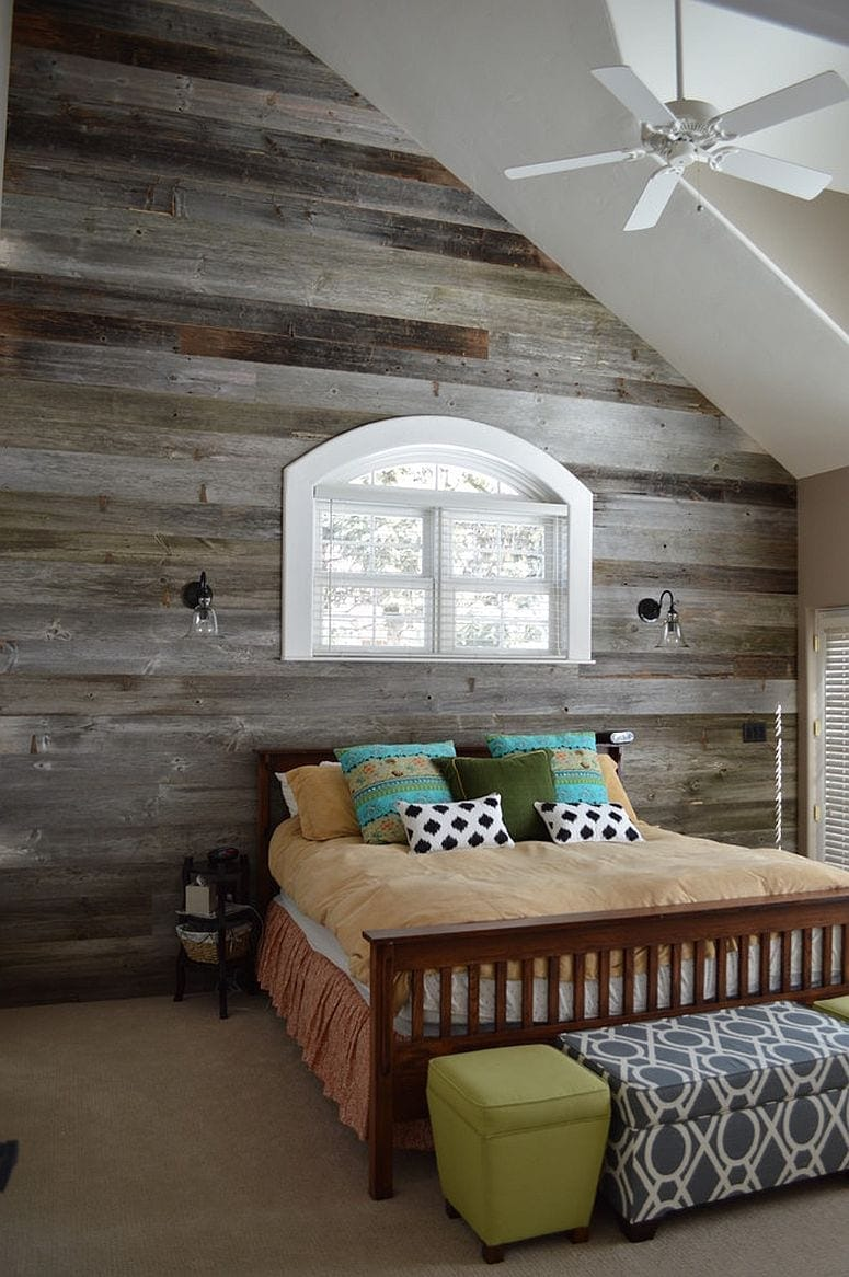 bedroom_barn_wood_wall